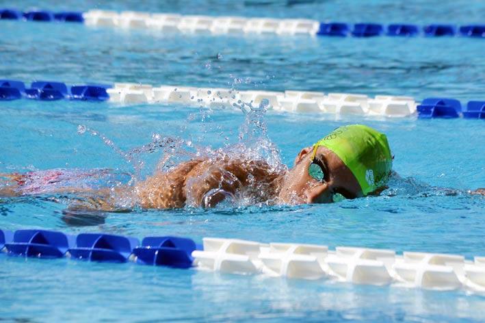 nuoto assistito